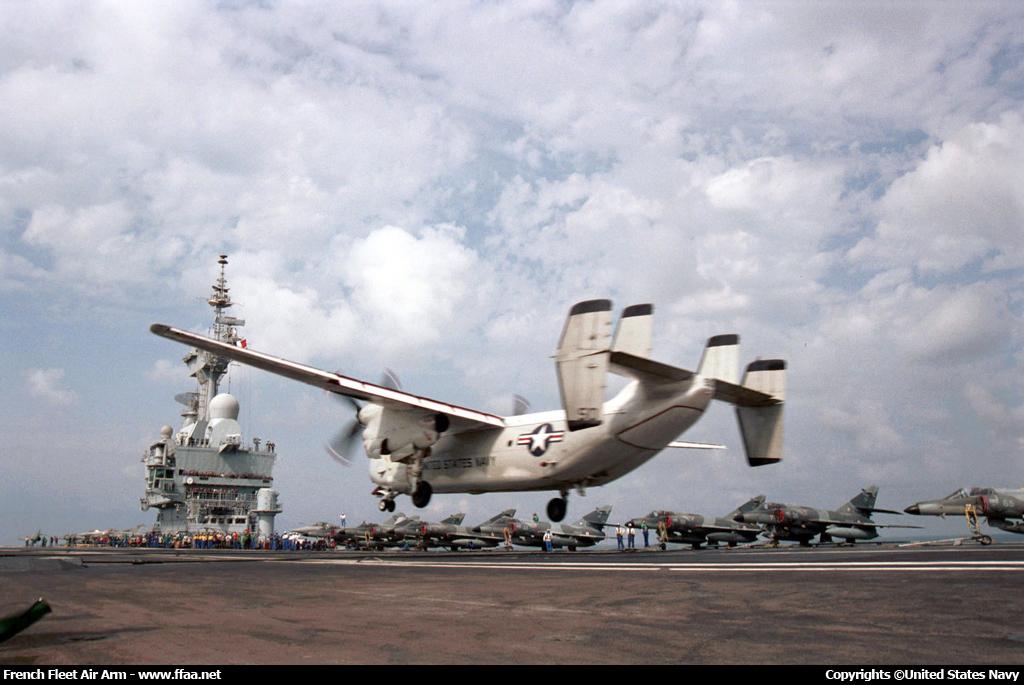 http://www.ffaa.net/ships/aircraft-carrier/charles-de-gaulle/images/cdg-000432.jpg
